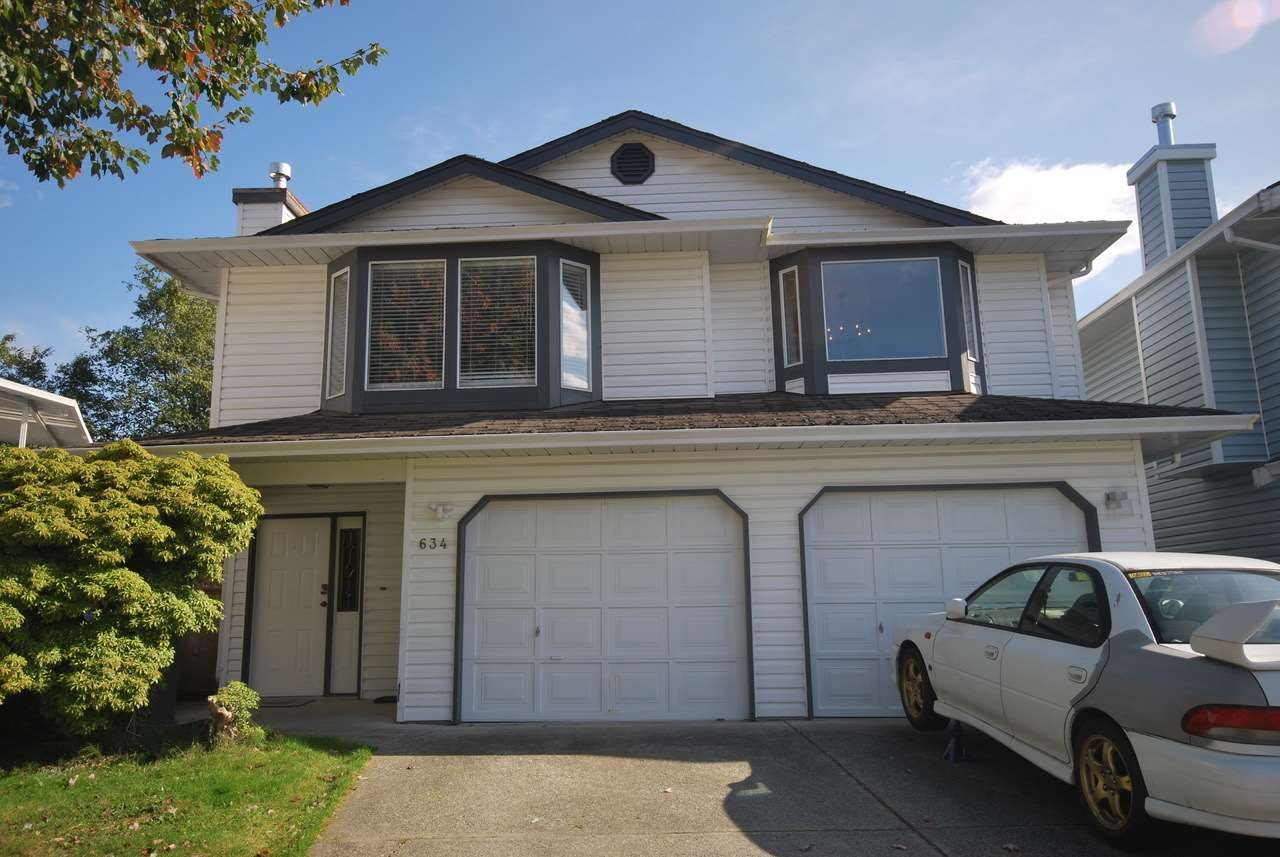 Main Photo: 634 PENDER PLACE in : Riverwood House for sale : MLS®# R2414597