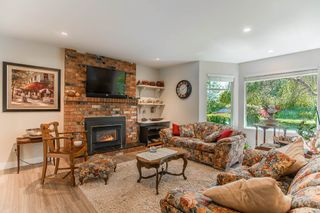Photo 7: 5771 211 Street in Langley: Salmon River House for sale : MLS®# R2375110