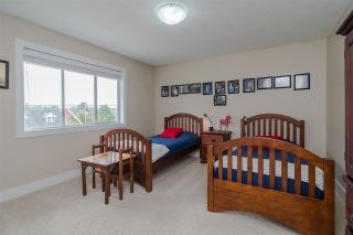 """Photo 13: 34661 WALKER Crescent in Abbotsford: Abbotsford East House for sale in """"Skyline"""" : MLS®# R2369860"""