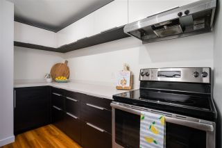 "Photo 3: 102 1631 COMOX Street in Vancouver: West End VW Condo for sale in ""WESTENDER ONE"" (Vancouver West)  : MLS®# R2561465"