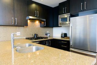 Photo 10: 205 379 Tyee Rd in : VW Victoria West Condo for sale (Victoria West)  : MLS®# 882005