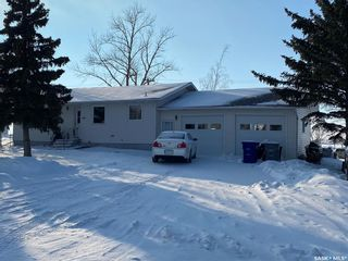 Photo 1: 110 2nd Street West in Kyle: Residential for sale : MLS®# SK841062