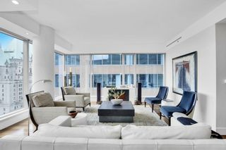 """Photo 11: 1902 667 HOWE Street in Vancouver: Downtown VW Condo for sale in """"PRIVATE RESIDENCES AT HOTEL GEORGIA"""" (Vancouver West)  : MLS®# R2615132"""