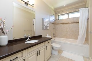 Photo 33: 46111 RIVERSIDE Drive in Chilliwack: Chilliwack N Yale-Well House for sale : MLS®# R2614950
