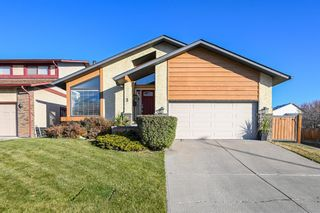Main Photo: 3 Woodbrook Green SW in Calgary: Woodbine Detached for sale : MLS®# A1156156