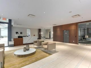 """Photo 15: 1001 288 W 1ST Avenue in Vancouver: False Creek Condo for sale in """"The James Building"""" (Vancouver West)  : MLS®# R2331453"""