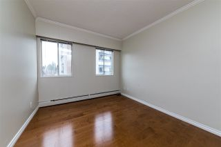 """Photo 16: 504 2187 BELLEVUE Avenue in West Vancouver: Dundarave Condo for sale in """"SUFFSIDE TOWERS"""" : MLS®# R2518277"""