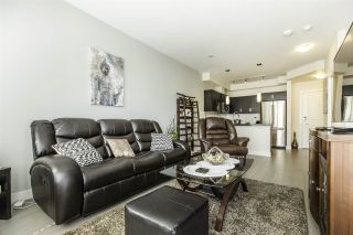 """Photo 7: 317 20078 FRASER Highway in Langley: Langley City Condo for sale in """"Varsity"""" : MLS®# R2181716"""