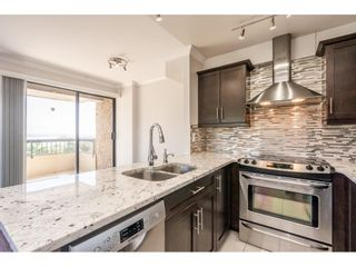 """Photo 3: 901 209 CARNARVON Street in New Westminster: Downtown NW Condo for sale in """"ARGYLE HOUSE"""" : MLS®# R2597283"""