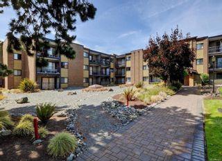 Photo 2: 101 1870 McKenzie Ave in : SE Lambrick Park Condo for sale (Saanich East)  : MLS®# 864072