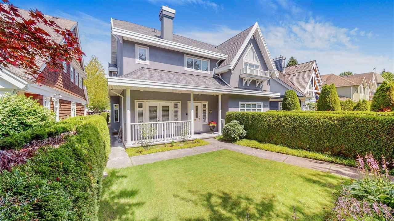 Main Photo: 2277 W 15TH Avenue in Vancouver: Kitsilano 1/2 Duplex for sale (Vancouver West)  : MLS®# R2476634
