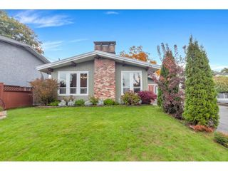 Photo 3: 32715 CRANE Avenue in Mission: Mission BC House for sale : MLS®# R2625904