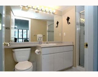 """Photo 9: 1904 1088 QUEBEC Street in Vancouver: Mount Pleasant VE Condo for sale in """"THE VICEROY"""" (Vancouver East)  : MLS®# V754003"""
