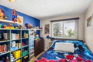 Photo 16: 14 Queen Anne Close SE in Calgary: Queensland Row/Townhouse for sale : MLS®# A1146388