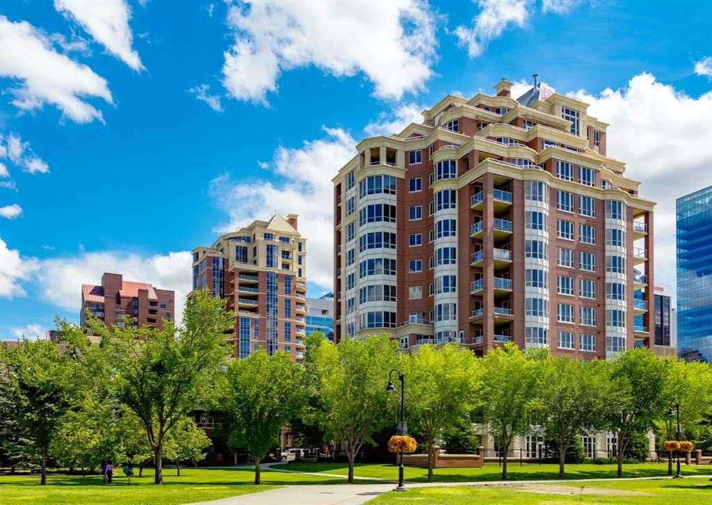 Main Photo: 307 600 Princeton Way SW in Calgary: Eau Claire Apartment for sale : MLS®# A1148817