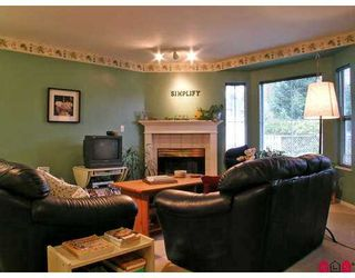 """Photo 3: 2006 WINFIELD Drive in Abbotsford: Abbotsford East Townhouse for sale in """"ASCOTT HILLS"""" : MLS®# F2702571"""