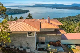 Photo 2: 356 EAST WEST Road: Mayne Island House for sale (Islands-Van. & Gulf)  : MLS®# R2596580