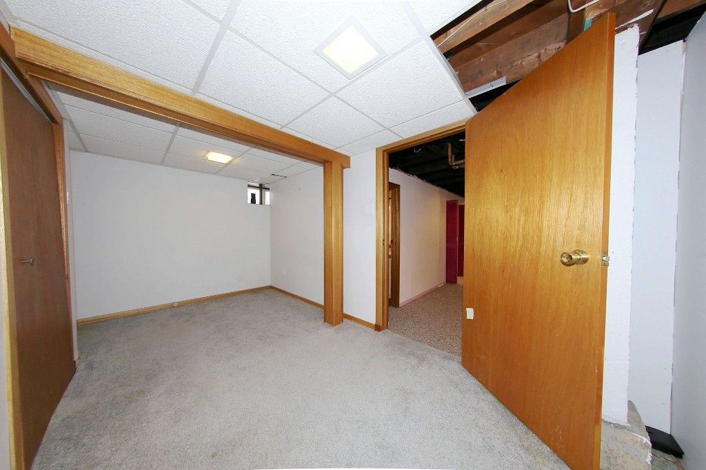Photo 28: Photos: 492 Sprague Street in Winnipeg: WOLSELEY Single Family Detached for sale (West Winnipeg)  : MLS®# 1607076