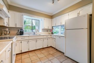 """Photo 13: 12685 20 Avenue in Surrey: Crescent Bch Ocean Pk. House for sale in """"Ocean Cliff"""" (South Surrey White Rock)  : MLS®# R2513970"""