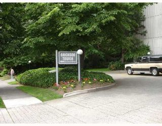 Photo 6: # 203 9541 ERICKSON DR in Burnaby: Condo for sale : MLS®# V746227