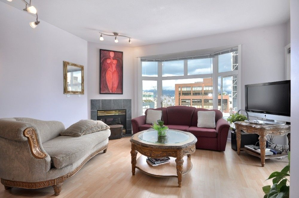 """Main Photo: 305 2588 ALDER Street in Vancouver: Fairview VW Condo for sale in """"BOLLERT PLACE"""" (Vancouver West)  : MLS®# V877184"""