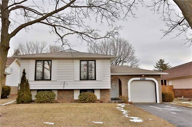 Main Photo: 2386 Wyandotte Drive in Oakville: Bronte West House (Bungalow-Raised) for sale : MLS®# W3704029