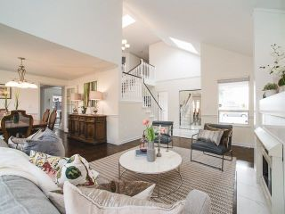 Photo 2: 9311 DIXON Avenue in Richmond: Garden City House for sale : MLS®# R2251829