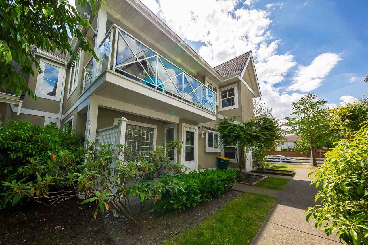 "Main Photo: 38 23560 119 Avenue in Maple Ridge: Cottonwood MR Townhouse for sale in ""Holly Hock"" : MLS®# R2273557"