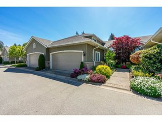 """Photo 1: 14 2672 151 Street in Surrey: Sunnyside Park Surrey Townhouse for sale in """"THE WESTERLEA"""" (South Surrey White Rock)  : MLS®# R2366733"""