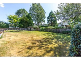 """Photo 2: 19716 34A Avenue in Langley: Brookswood Langley House for sale in """"Brookswood"""" : MLS®# R2199501"""