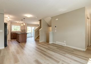 Photo 5: 217 Cranberry Park SE in Calgary: Cranston Row/Townhouse for sale : MLS®# A1127199