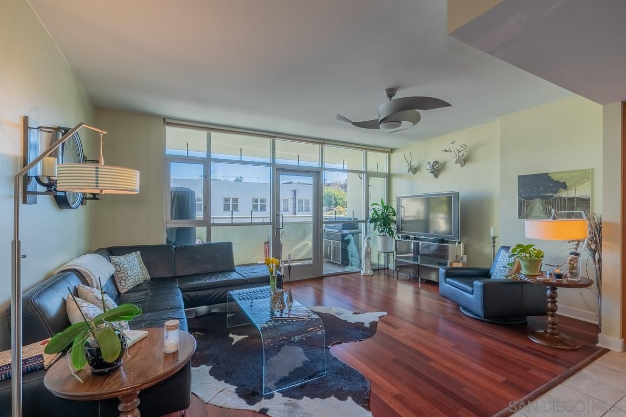 Main Photo: SAN DIEGO Condo for sale : 2 bedrooms : 3812 Park Blvd #204
