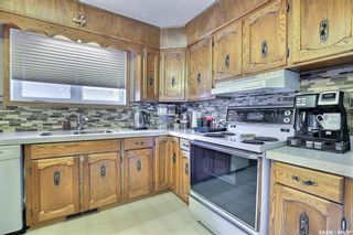 Photo 10: 165 Rink Avenue in Regina: Walsh Acres Residential for sale : MLS®# SK852632