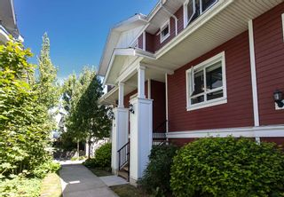 """Photo 1: 25 1130 EWEN Avenue in New Westminster: Queensborough Townhouse for sale in """"GLADSTONE PARK"""" : MLS®# R2192209"""