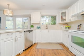 "Photo 15: 13723 18 Avenue in Surrey: Sunnyside Park Surrey House for sale in ""Ocean Park/ West Sunnyside"" (South Surrey White Rock)  : MLS®# R2598727"