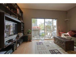 """Photo 10: 23 8737 161ST Street in Surrey: Fleetwood Tynehead Townhouse for sale in """"Boardwalk"""" : MLS®# F1409028"""