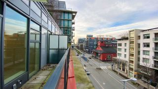 "Photo 15: 615 38 W 1ST Avenue in Vancouver: False Creek Condo for sale in ""The One"" (Vancouver West)  : MLS®# R2527576"