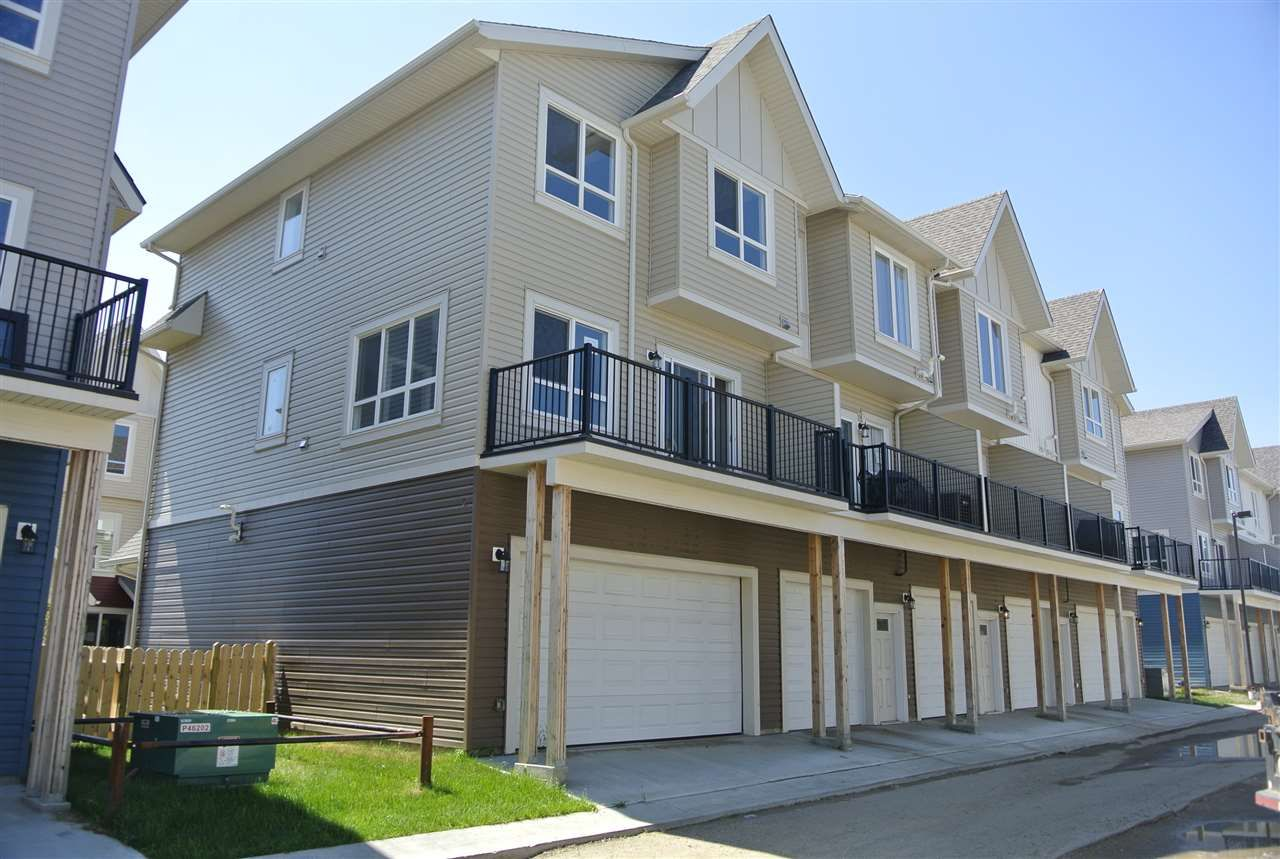 Main Photo: 15 13003 132 Avenue NW in Edmonton: Zone 01 Townhouse for sale : MLS®# E4235057