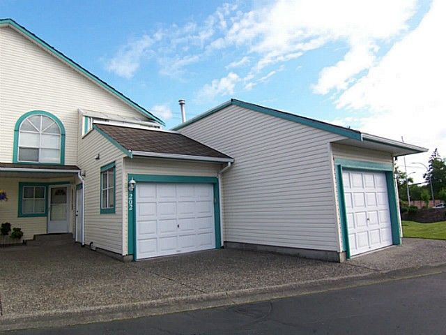 """Main Photo: 202 21937 48TH Avenue in Langley: Murrayville Townhouse for sale in """"ORANGEWOOD"""" : MLS®# F1401058"""