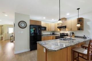 Photo 5: 3 3400 Coniston Cres in : CV Cumberland Row/Townhouse for sale (Comox Valley)  : MLS®# 881581