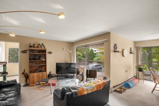 """Photo 3: 102 32733 BROADWAY EAST Street in Abbotsford: Central Abbotsford Condo for sale in """"The Villa"""" : MLS®# R2620340"""