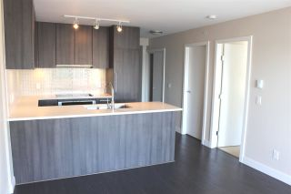 """Photo 6: 1206 668 COLUMBIA Street in New Westminster: Quay Condo for sale in """"Trapp Holbrook"""" : MLS®# R2185349"""