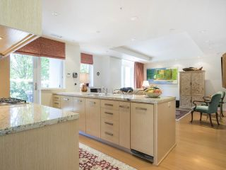 Photo 8: 103 5955 BALSAM STREET in Vancouver: Kerrisdale Condo for sale (Vancouver West)  : MLS®# R2063150