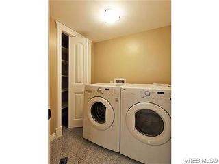 Photo 19: 1274 Vista Hts in VICTORIA: Vi Hillside Half Duplex for sale (Victoria)  : MLS®# 611096