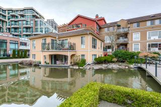"Photo 3: 402 6 RENAISSANCE Square in New Westminster: Quay Condo for sale in ""RAILTO"" : MLS®# R2045554"