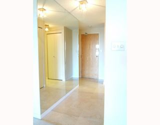 """Photo 10: 1204 5790 PATTERSON Avenue in Burnaby: Metrotown Condo for sale in """"""""THE REGENT"""""""" (Burnaby South)  : MLS®# V786618"""
