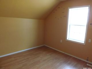 Photo 10: 413 Railway Avenue in Gainsborough: Residential for sale : MLS®# SK809070