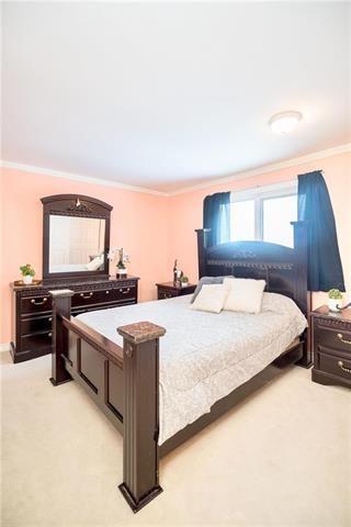 Photo 9: 19 Cropo Bay in Winnipeg: Tyndall Park Residential for sale (4J)  : MLS®# 1831120