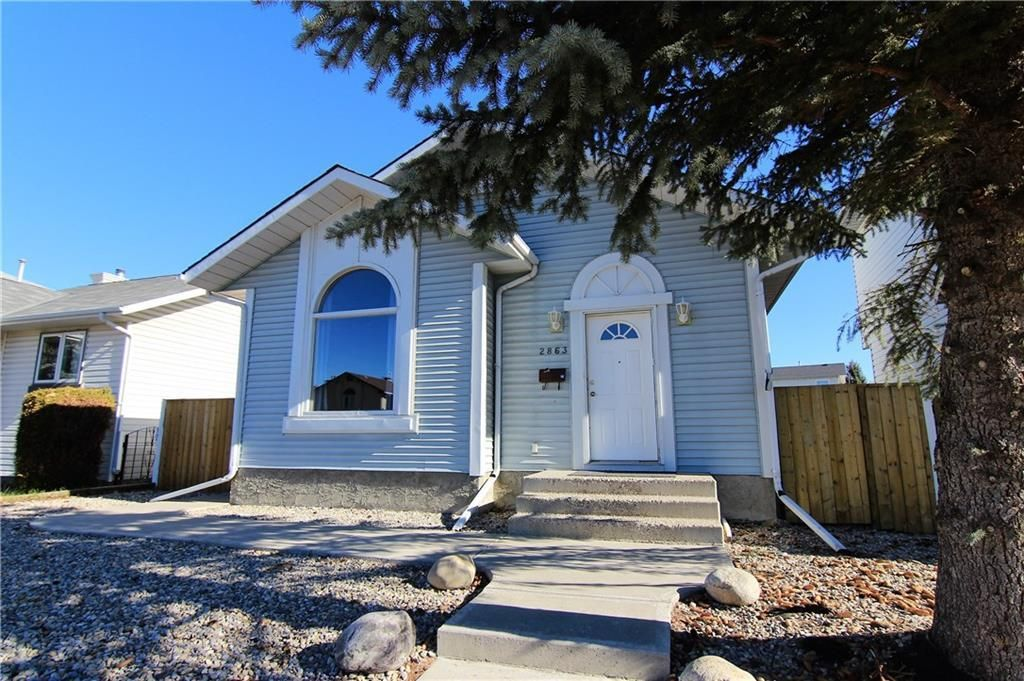 Main Photo: 2863 Catalina Boulevard NE in Calgary: Monterey Park Detached for sale : MLS®# A1075409