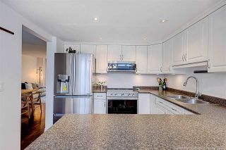 """Photo 9: 8537 WOODTRAIL Place in Burnaby: Forest Hills BN Townhouse for sale in """"SIMON FRASER VILLAGE"""" (Burnaby North)  : MLS®# R2555729"""